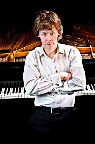 Martin Sturfält, Pianist
