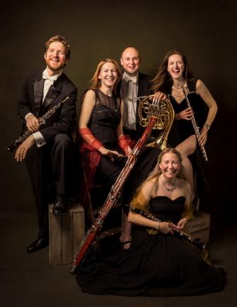 Galliard Ensemble (c) Pip Bacon at Purple Raspberry