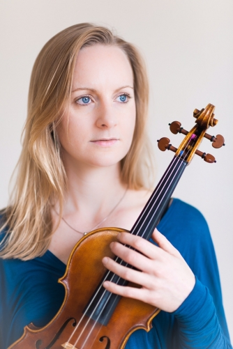 Jane Gordon, director & solo violin