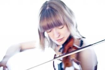 Fenella Humphreys (violin) © Gareth Barton