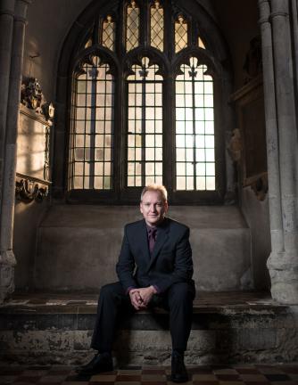 Nigel Short, founder-director of Tenebrae