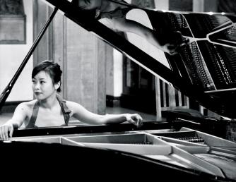 Grace Mo, Piano