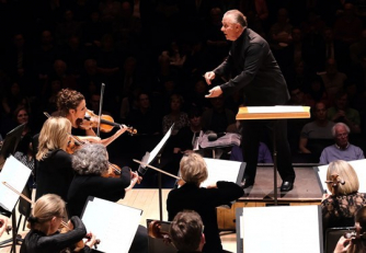 Sir Mark Elder conducts Britten Sinfonia