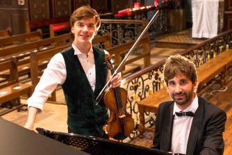 Yury Revich (violin), Matthieu Esnult (piano), photo Jonathan Fitas