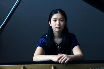 Lauren Zhang performs Rachmaninov