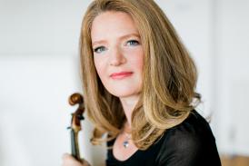 Rachel Podger (photo Theresa Pewal)