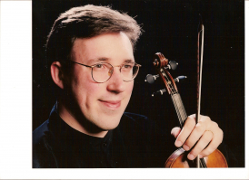 Rodolfo Richter, director & solo violin