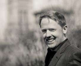 Virtuoso pianist Warren Mailley-Smith