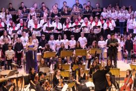 Armonico Consort & AC Academy perform Carmina Burana, 2017. Image credit: Peter Marsh Ashmore Visuals