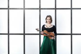Chloë Hanslip, violin