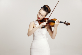 Jennifer Pike- Violin soloist