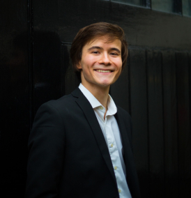 Andrei Iliushkin (piano)