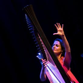 Alina Bzhezhinska, photo by Tatiana Gorilovski