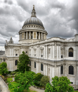 St Paul's Cathedral from the outside